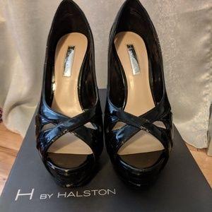 H BY Halston Black Pumps